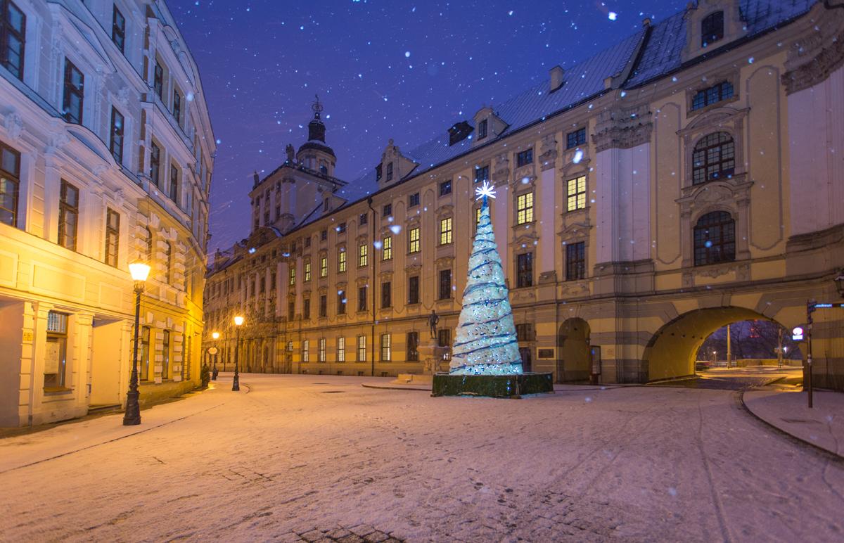 Weihnachtsbeleuchtung Kegel.Weihnachtsbeleuchtung In Wrocław Fotos Visitwroclaw Eu